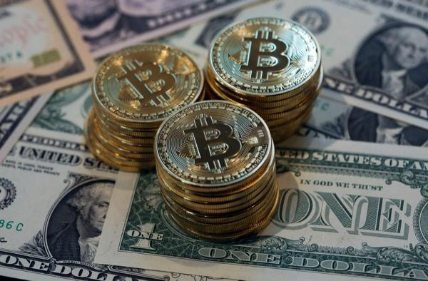 Exchange or Mine Cryptocurrency: What is More Convenient?